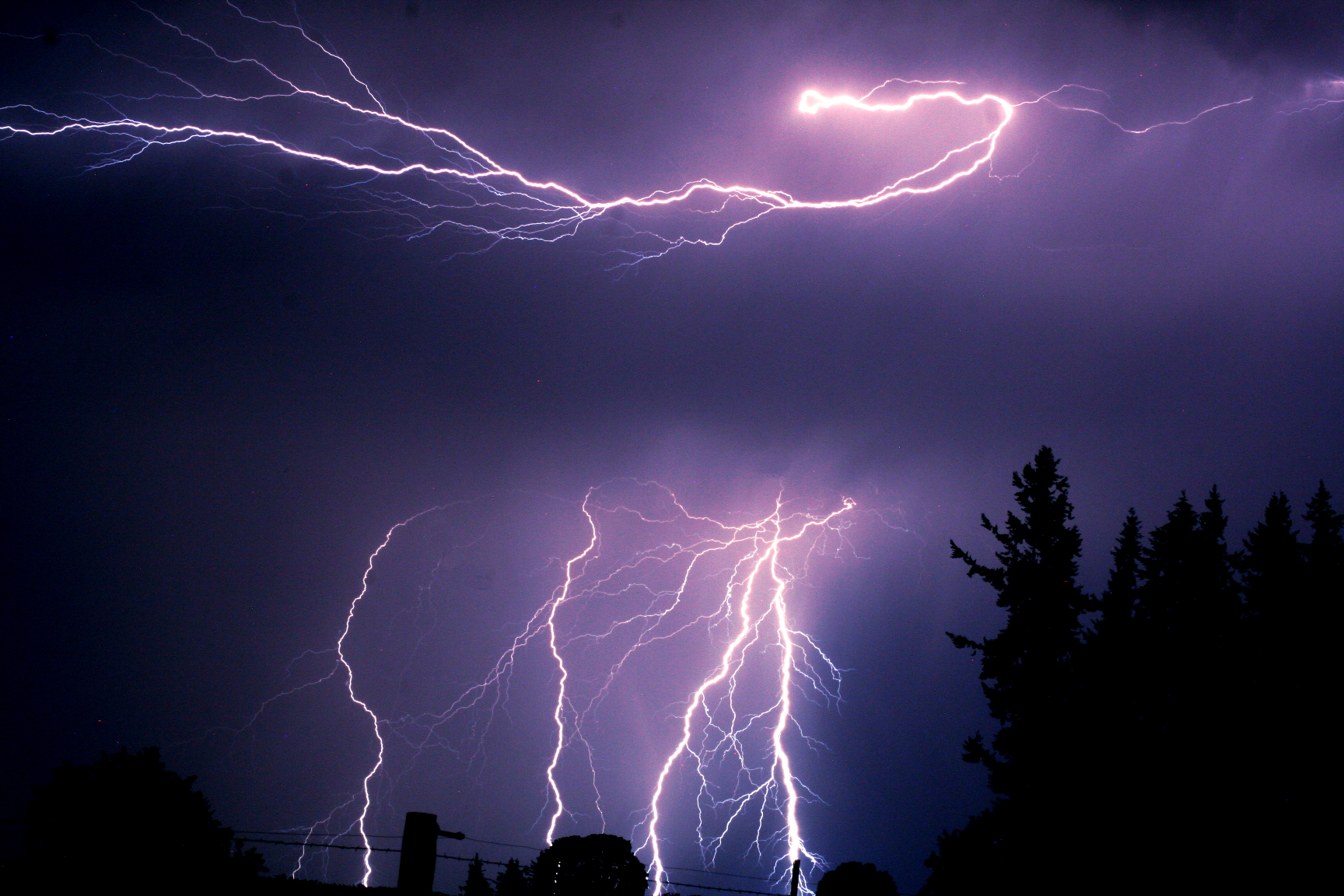Lighting over Albany and Jefferson Oregon